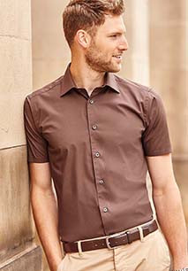 Men's Short Sleeve Easy Care Fitted Shirt